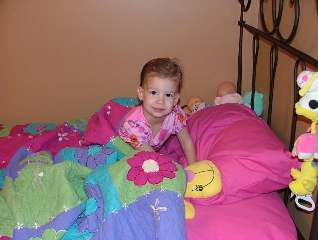 Littlegirlbigbed